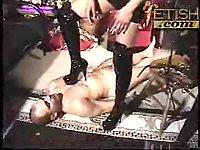 Latex mistress loves femdom