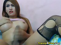 Tranny Babe Plays her Cock