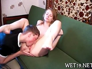 Teen likes oral sex