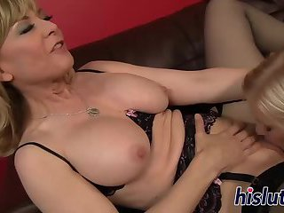 Luscious doxy please her horny girl